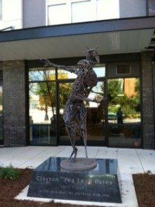 peg-leg-bates-statue4